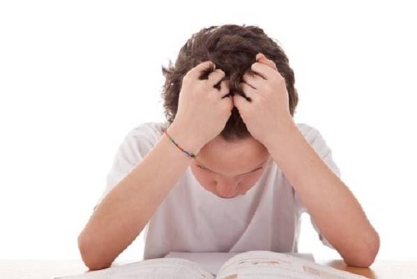 9 สาเหตุเด็กยุคดิจิทัลใจเปราะเสี่ยงฆ่าตัวตาย/ดร.สรวงมณฑ์ สิทธิสมาน