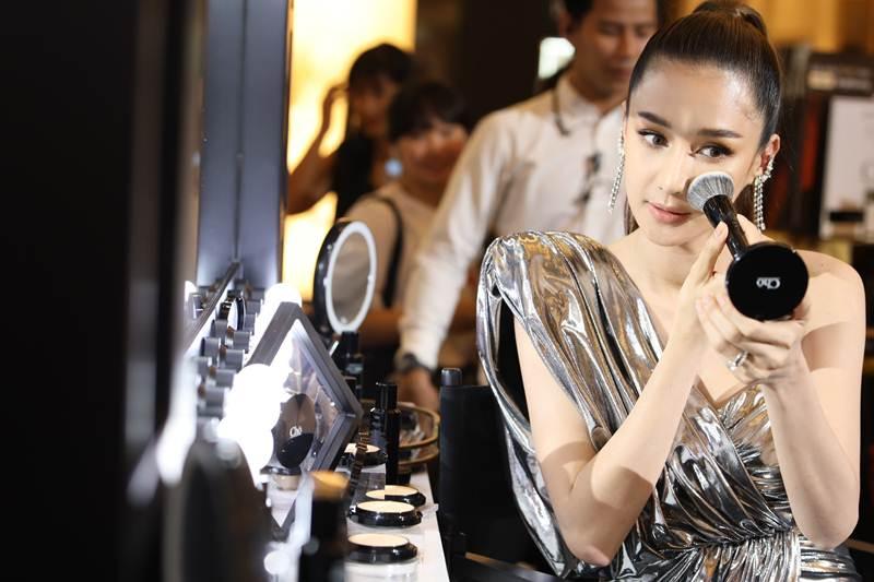 ก้าวสู่ปีที่ 5 สูตรความสวยของสาวยุคนี้ สวยครบจบที่ CHO....By เนย โชติกา