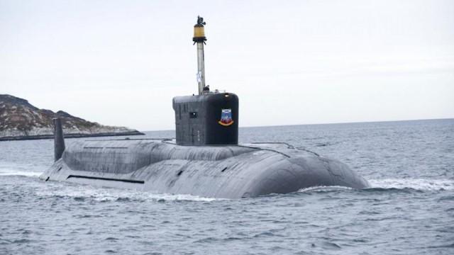 """เรือดำน้ำนิวเคลียร์รัสเซียทดสอบยิงขีปนาวุธ """"ล้มเหลว"""" ต่อหน้าปูติน"""