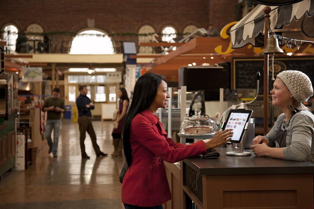 Salesforce เผย ผู้บริโภคไทย 91% หวังให้ธุรกิจนำเทคโนโลยีสมัยใหม่มาให้บริการลูกค้า