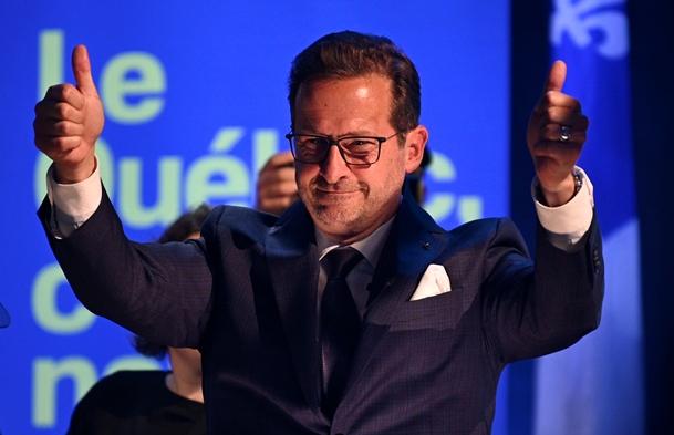 อีฟส์-ฟรองซัวส์ แบลนเช็ต (Yves-Francois Blanchet )หัวหน้าพรรคบล็อก เคเบกัวส์ (Bloc Quebecois)