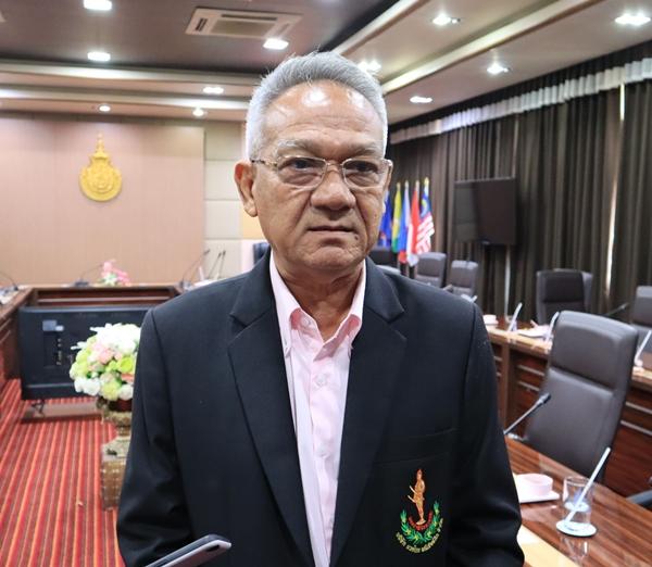 นายวัฒนา โมสิกมาศ  ประธานเจ้าหน้าที่บริหาร สภากัญชาแห่งประเทศไทย