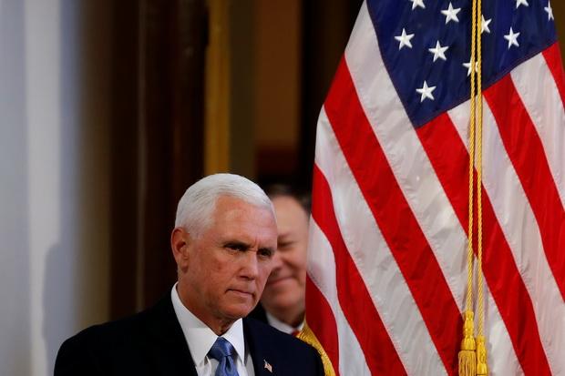 รองปธน.สหรัฐฯโวยNBAหัวหดศิโรราบจีน ประกาศกร้าวอเมริกาสนับสนุนผู้ประท้วงฮ่องกง