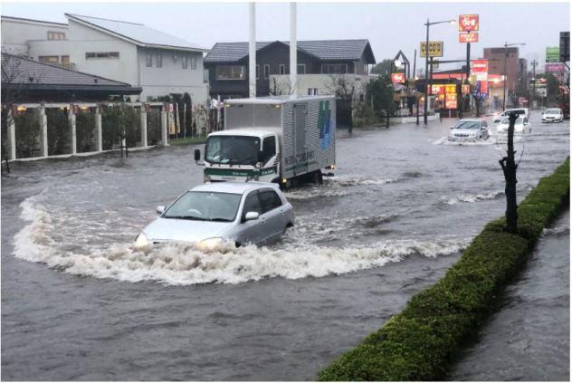 สภาพน้ำท่วมที่เมืองนาริตะ จ.ชิบะ