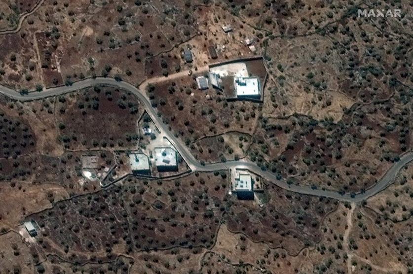 ภาพถ่ายดาวเทียมบริเวณจุดที่เชื่อกันว่าเป็นบ้านของ อบูบาการ์ อัล-บักดาดี ผู้นำสูงสุดกลุ่มรัฐอิสลาม (IS) ใกล้ๆ กับหมู่บ้านบาริชา (Barisha) ในซีเรีย