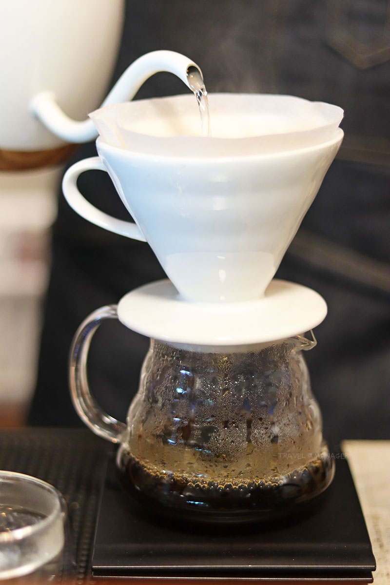 ดริปกาแฟให้ดูแบบใกล้ๆ
