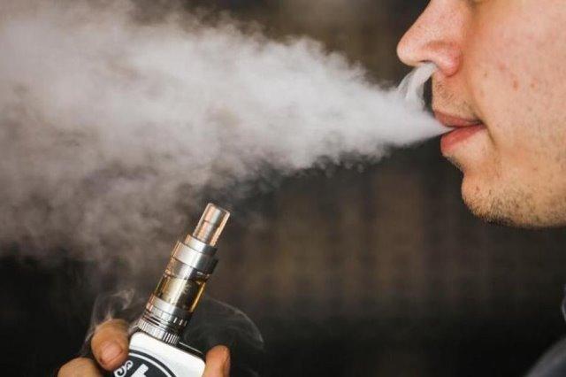 จีนขอผู้ประกอบการปิดร้านค้าบุหรี่ไฟฟ้าออนไลน์ กันเยาวชนซื้อสูบเอง