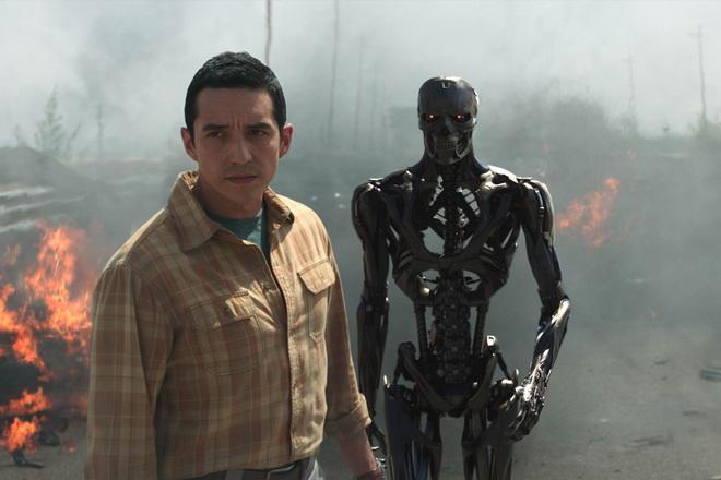 """หรือ """"คนเหล็ก"""" ควรจะจบได้แล้ว? Terminator: Dark Fate เปิดตัวอย่างน่าผิดหวัง"""
