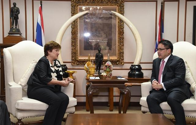 ไอเอ็มเอฟชื่นชมเศรษฐกิจไทยแข็งแกร่ง แนะใช้เศรษฐกิจพอเพียงปฏิรูปประเทศ