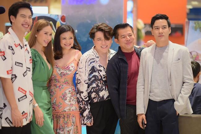 เซเลบ-ดาราชื่อดังร่วมงานเปิดตัว Pennii Popcorn Cafe คาเฟ่ สำหรับคนรัก ป๊อบคอนที่แรกในประเทศไทย