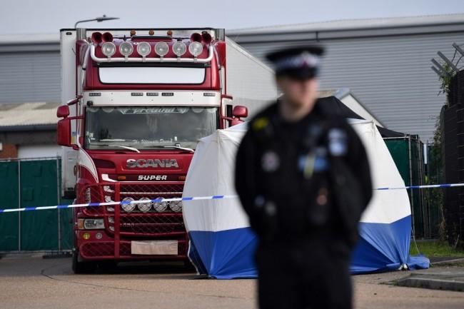 ตร.อังกฤษระบุชื่อเหยื่อชาวเวียดนามคดีรถบรรทุกครบ 39 ราย พบเด็กสุดอายุเพียง 15 ปี