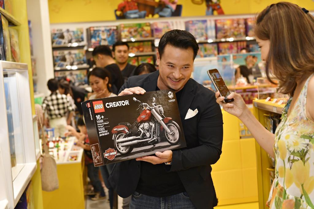 """ดีเคเอสเอช เปิด """"เลโก้ ช็อป"""" แห่งที่ 2 ของไทยอย่างยิ่งใหญ่ที่เมกาบางนา"""
