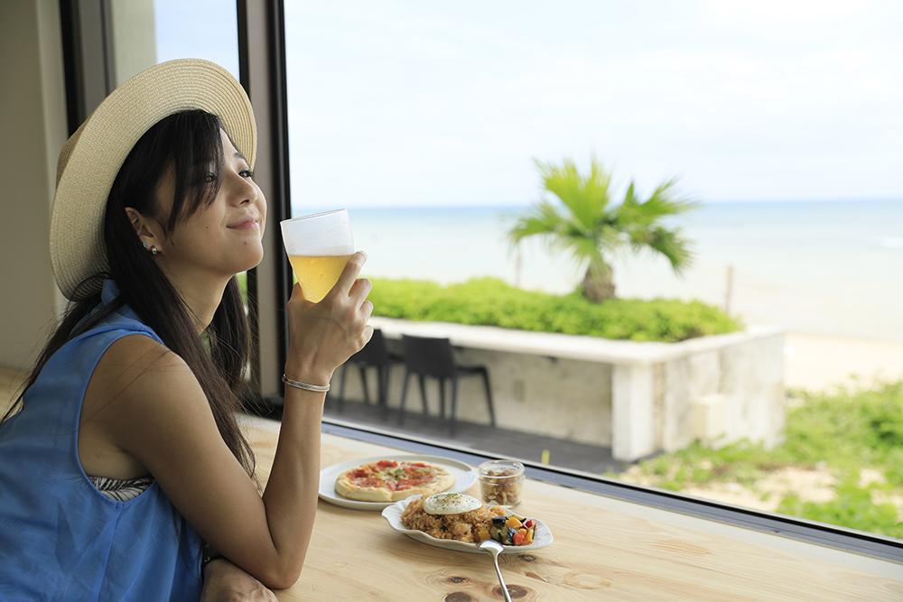 ผู้เดินทางทั่วโลก 28% และชาวไทย 38% มีแนวโน้มที่จะเดินทางคนเดียว (ภาพ : Booking.com)