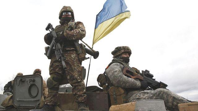 """""""ทหารยูเครน-กบฏโปรรัสเซีย"""" เริ่มถอนกำลังจากหมู่บ้านหนึ่งในภูมิภาคดอนบัสส์"""