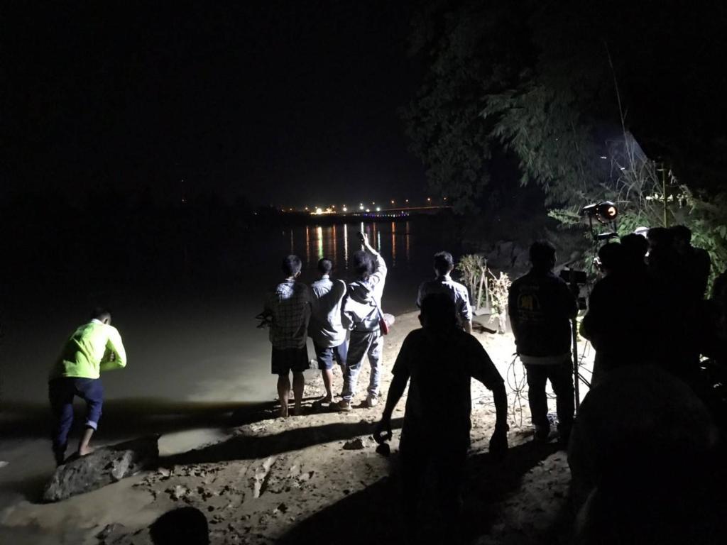 ลอยกระทงระทึก!ชาวคลองขลุง 5 ชีวิตลงน้ำปิงทดสอบกระทงสาย เรือล่มจมข้ามคืน 1 หนีขึ้นฝั่งได้ 4