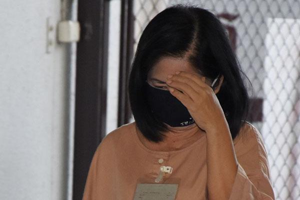 """ศาลนัดอ่านคดี""""หญิงไก่""""กำมะลอ แจ้งเท็จแจ๋วลักทรัพย์ 11 ธ.ค.จากคุก ในคดีหมิ่นเบื้องสูงและค้ามนุษย์ฯ 18 ปี"""