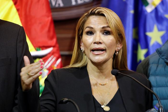 'โมราเลส' ผู้นำโบลิเวีย บินไปลี้ภัยที่เม็กซิโก  แม้ประกาศว่าถูกรัฐประหารยึดอำนาจ และสัญญาจะกลับมาอีก