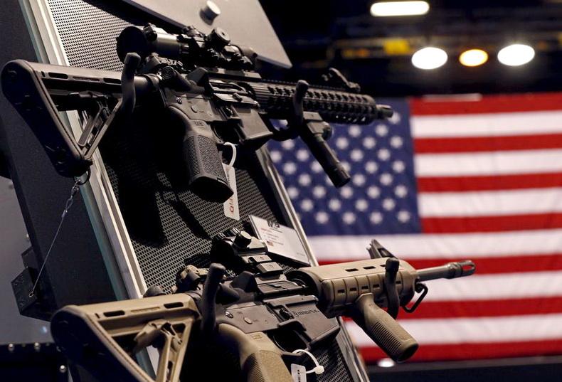 สหรัฐฯ เตรียมผ่อนคลายกฎส่งออก เอื้อขาย 'อาวุธปืน' ให้ต่างชาติ