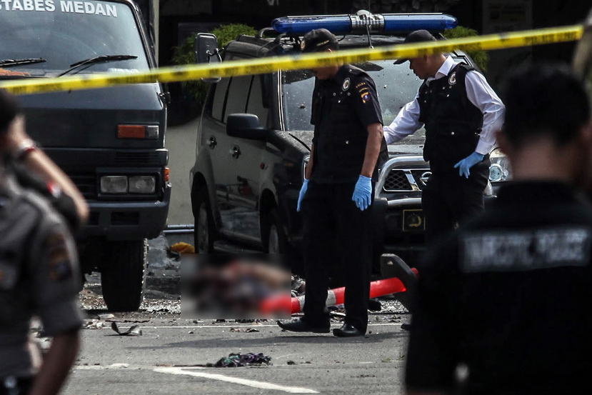 ระทึก! คนร้าย 'บึ้มฆ่าตัวตาย' ร่างเละ หน้าสน.ตำรวจเมือง 'เมดาน' ของอินโดนีเซีย