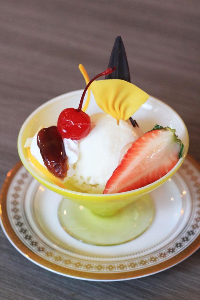 ไอศกรีมนมแพะรสอินทผลัม