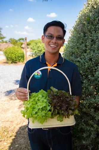 ชริพันธ์ สุขยิ่ง เกษตรกรรุ่นใหม่จากไร่สุขยิ่ง