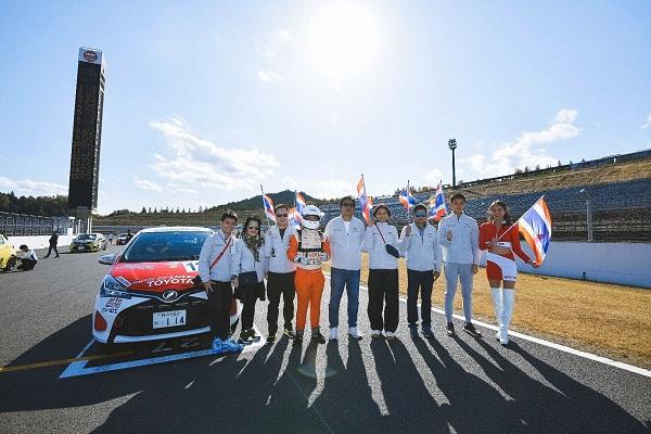 """""""กฤษฎิ์-พุทธมนต์"""" ผ่านฉลุย รายการใหญ่ """"Netz Cup Vitz Race"""" ที่ญี่ปุ่น รับประสบการณ์เพียบ"""