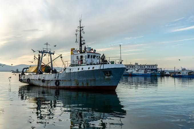 กบฏฮูตียึดเรือเกาหลีใต้ 2 ลำพร้อมจับลูกเรือ 16 คนในทะเลแดง