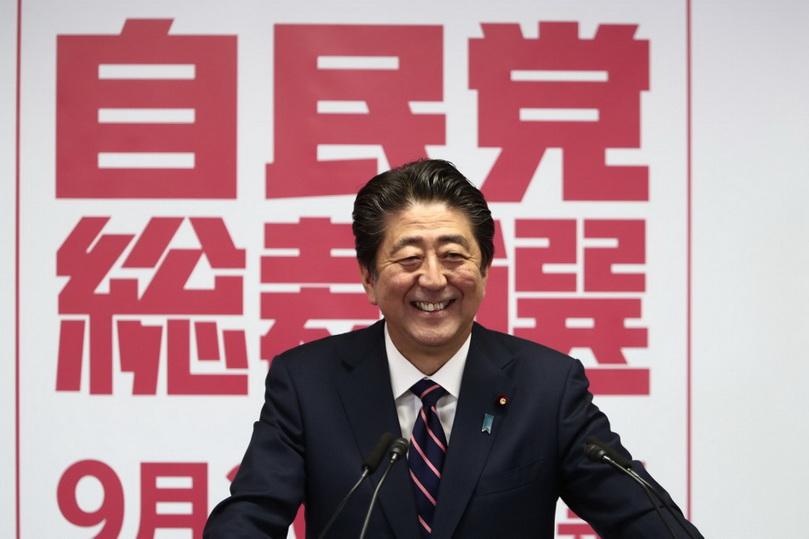 'อาเบะ' ขึ้นแท่นนายกรัฐมนตรีญี่ปุ่นที่ครองตำแหน่งยาวนานที่สุด