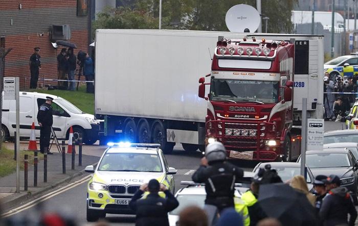 โชเฟอร์รถบรรทุกในคดี 39 ศพที่อังกฤษรับสารภาพ 'ช่วยผู้อพยพผิดกฎหมาย'