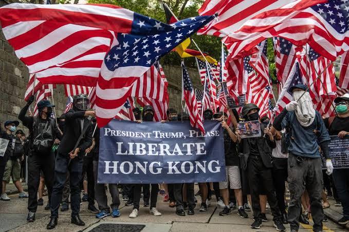 ทรัมป์ ลงนาม กม.สิทธิมนุษยชนและประชาธิปไตยฮ่องกง ไฟเขียวแทรกแซง