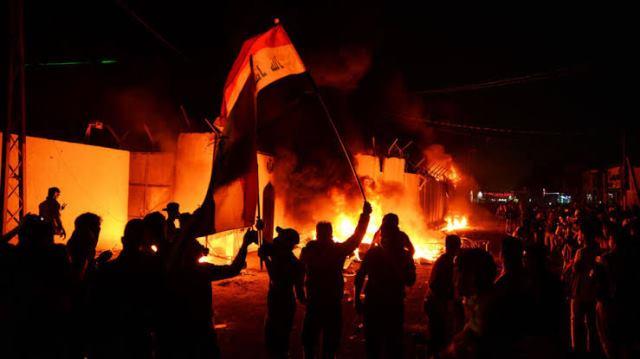 """อิหร่านจี้อิรักดำเนินการเด็ดขาดต่อ """"ผู้รุกราน"""" ในเหตุวางเพลิงสถานกงสุล"""