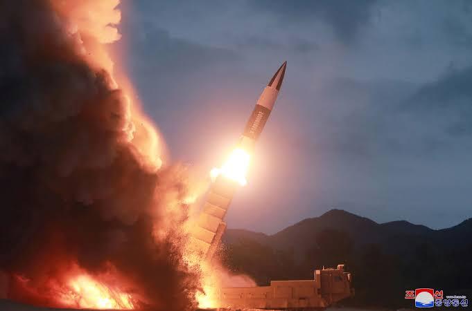 """ทัพโสมขาวตรวจพบ """"เกาหลีเหนือ"""" ยิงขีปนาวุธไม่ทราบประเภทลงทะเล"""
