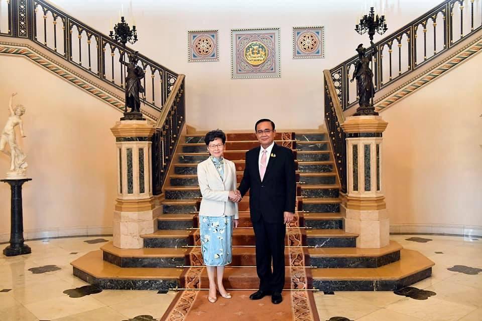 นายกฯ พบ ผู้นำฮ่องกง ให้กำลังใจแก้ปัญหาประท้วง เร่งเชื่อมโยงนโยบายสองชาติ