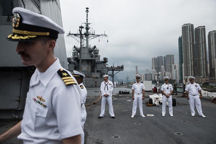 จีนสั่งห้ามเรือรบUSเทียบฮ่องกง พร้อมแซงก์ชั่นเอ็นจีโอมะกัน  ตอบโต้สหรัฐฯออกกม.หนุนประท้วง