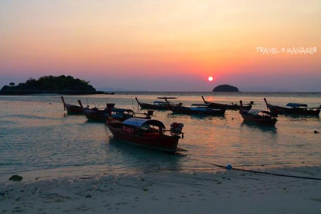 หาดชาวเล เป็นจุดชมพระอาทิตย์ขึ้นชั้นดี