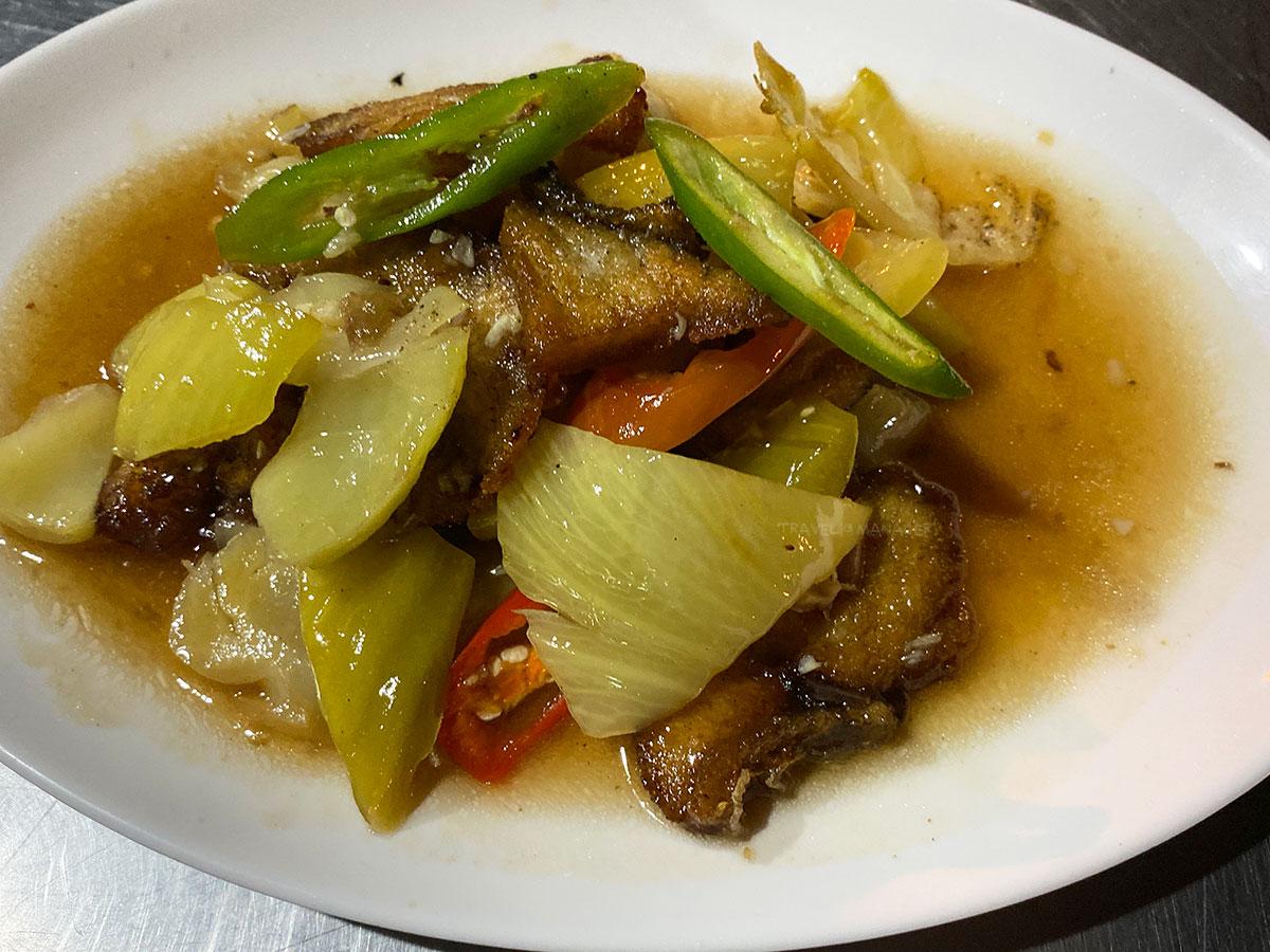 เนื้อปลาทอดผัดเกี้ยมฉ่าย