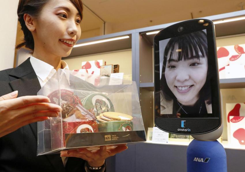 ร้านแรกของโลก! ANA เปิดทางลูกค้าช้อปทางไกลผ่านหุ่นยนต์ในร้าน