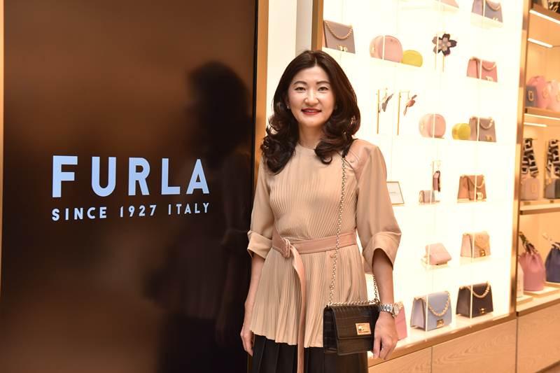 """เซเลบร่วมชมโฉม """"Furla 1927"""" ฉลองเปิดสาขาใหม่ @ สยามพารากอน"""