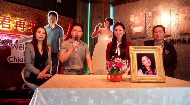 """ตัดริบบิ้นแกรนด์โอเพนนิ่งแล้ว..คาเฟ่ฯ&พิพิธภัณฑ์ของรัก""""เติ้งลี่จวิน-ราชินีเพลงจีน"""""""