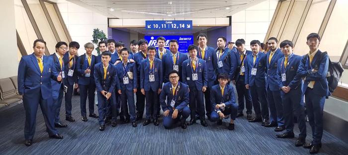 คณะกีฬาอีสปอร์ตชุดแรกของประเทศไทย