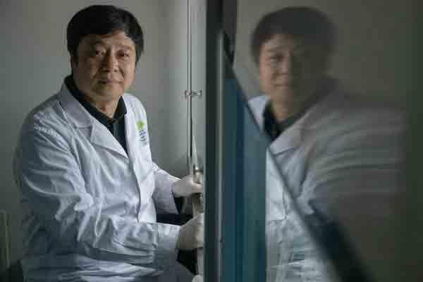 อังกฤษยกนักวิทย์ฯ จีน ถอดรหัสตัดต่อยีนสู้เอชไอวี หนึ่งในผู้ทรงอิทธิพลวิทยาศาสตร์ 2019