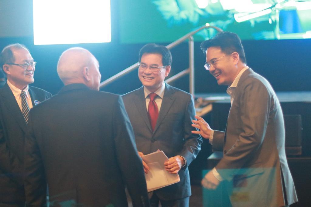 """""""จุรินทร์"""" มั่นใจ ประเทศมีความหวัง ขับเคลื่อนเศรษฐกิจไทย 2020"""