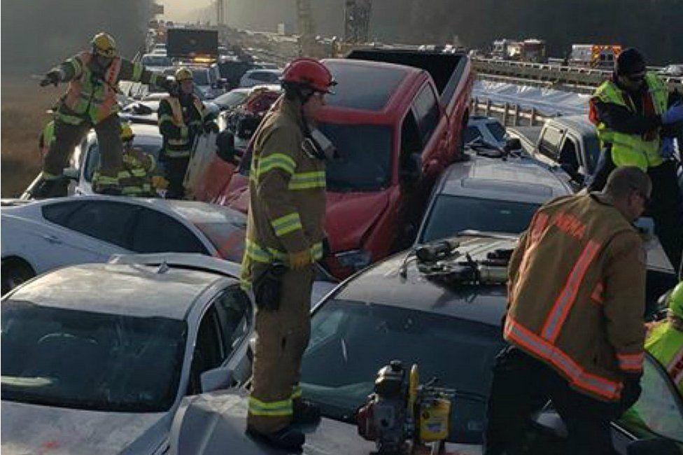 รถยนต์ 69 คันชนกันระเนระนาดที่เวอร์จิเนีย บาดเจ็บครึ่งร้อย