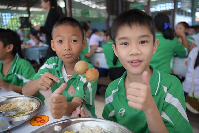 """3ทศวรรษเพื่อเด็กไทย บทพิสูจน์ความสำเร็จ""""โครงการไก่ไข่""""ซีพีเอฟ"""