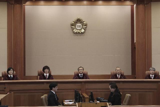 """ศาลเกาหลีใต้ไม่รับคำร้องคัดค้านข้อตกลงเยียวยา """"สตรีเพื่อการผ่อนคลาย"""""""