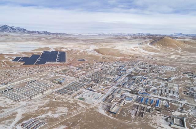 หมดยุคมืด! จีนเชื่อม 'อำเภอสูงสุดในโลก' กับโครงข่ายการไฟฟ้าสำเร็จ