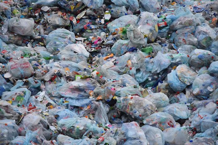 ความจริงที่ไม่มีใครอยากฟัง (An Inconvenient Truth) เกี่ยวกับการนำเข้าเศษขยะพลาสติกจากต่างประเทศมากำจัดในประเทศไทย