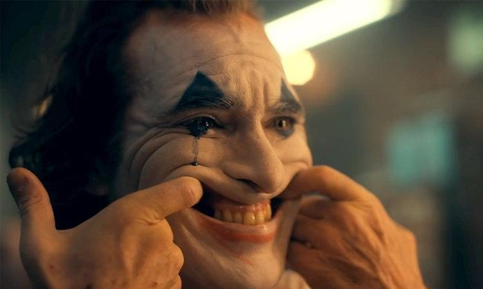 """Joker """"วาคีน ฟินิกซ์"""" คว้าลูกโลกทองคำ! """"เรเน่ เซลเวเกอร์"""" ได้นำหญิง"""