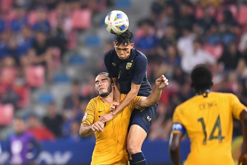 """""""ช้างศึก"""" แผ่วปลายโดน """"จิงโจ้"""" รัวแซง 2-1 ลุ้นเข้ารอบนัดสุดท้าย ศึก U23 เอเชีย"""