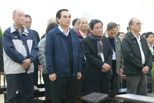 ศาลเวียดนามคุก 2 อดีตพ่อเมืองนครด่าหนังเหตุทำรัฐสูญเงินเกือบพันล้านดอลลาร์